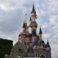 Disneyland , Paris